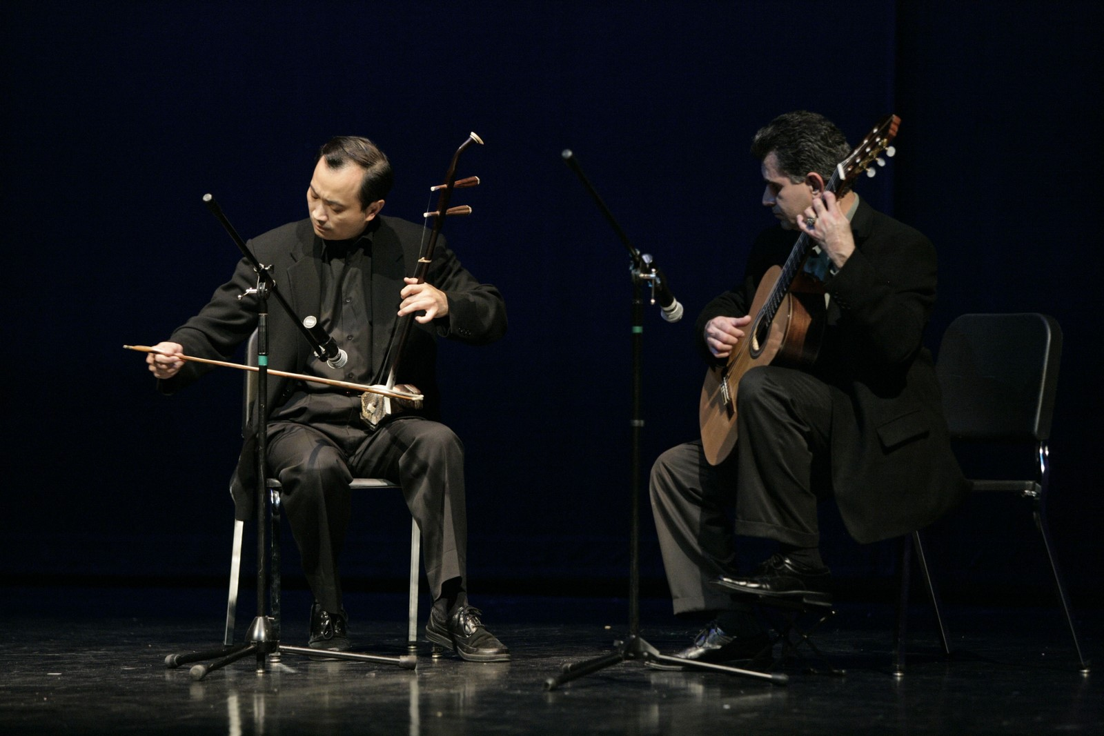 Dr. Wang on erhu and Carlos on guitar_1